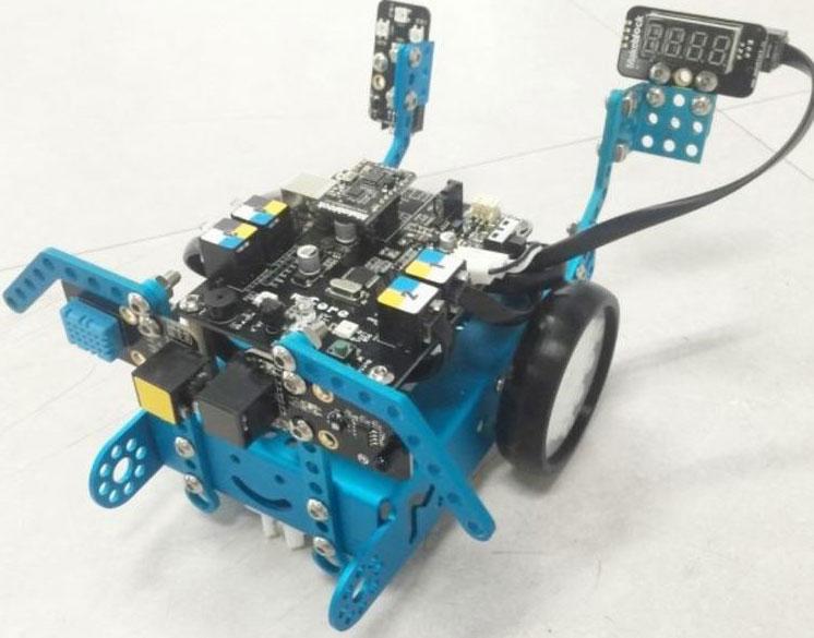 MakeBLock mBot: Пожежна сигналізація на колесах
